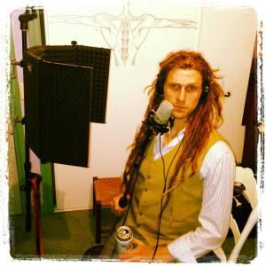 Tillerman Pete in the studio with Un Dos Cas
